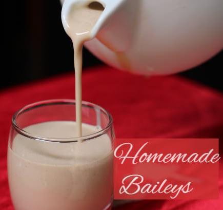 Homemade Baileys (Irish Cream Whiskey