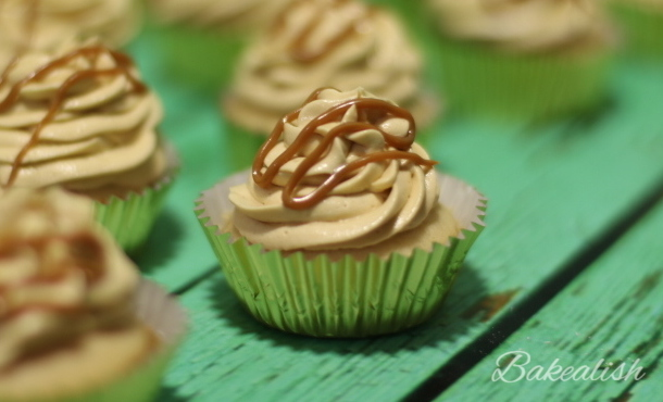 These Dulce de Leche Cupcakes are heavenly. The gooey dulce de leche filling in the center of every cupcake makes them even special when combined with the buttercream icing. They're simply moist and rich in flavor.