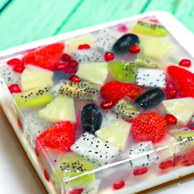 Tropical Jelly Fruit Cake