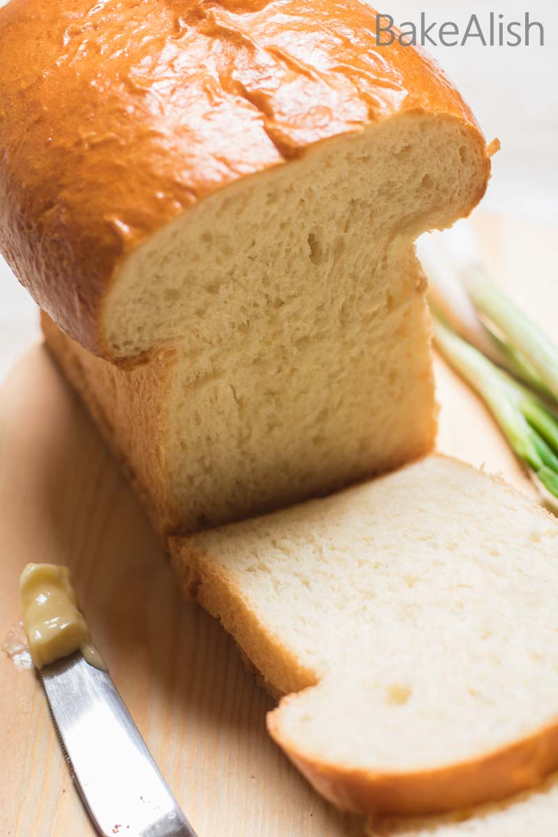 The texture is as good as fresh bakery loaf. Perfect to make sandwiches or simply add on some butter to relish fresh bakery-style loaf