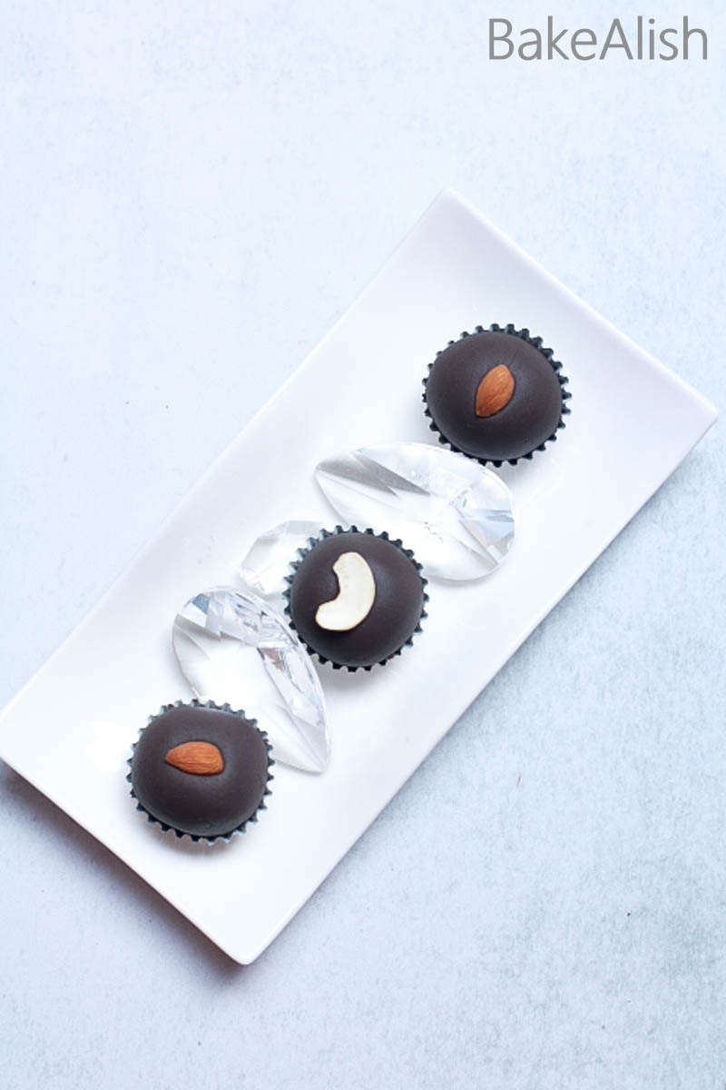 Chocolate Malai Peda is a perfect recipe for every festive season. A chunk of chocolate and cream combined with cottage cheese makes a rich festive treat