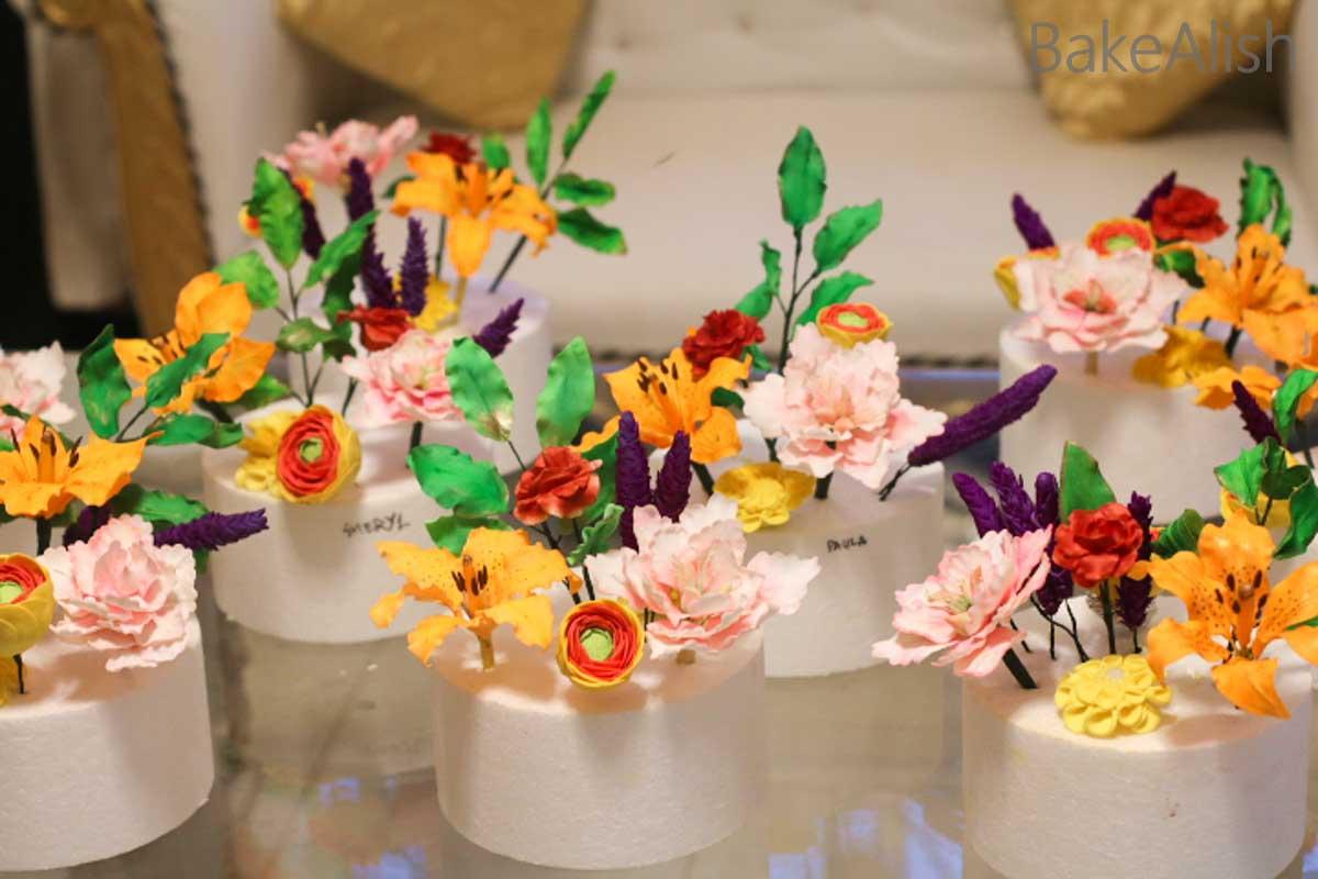 Workshop on sugar flowers