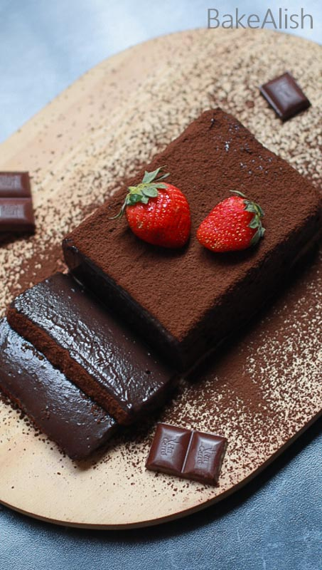 chocolate wobbly mousse cake pudding