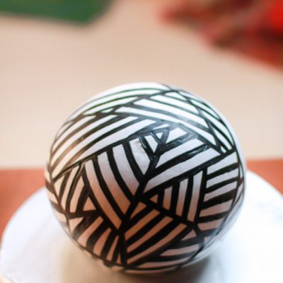 Masterclass On Hand Painted Whipped Cream Sphere Cakes