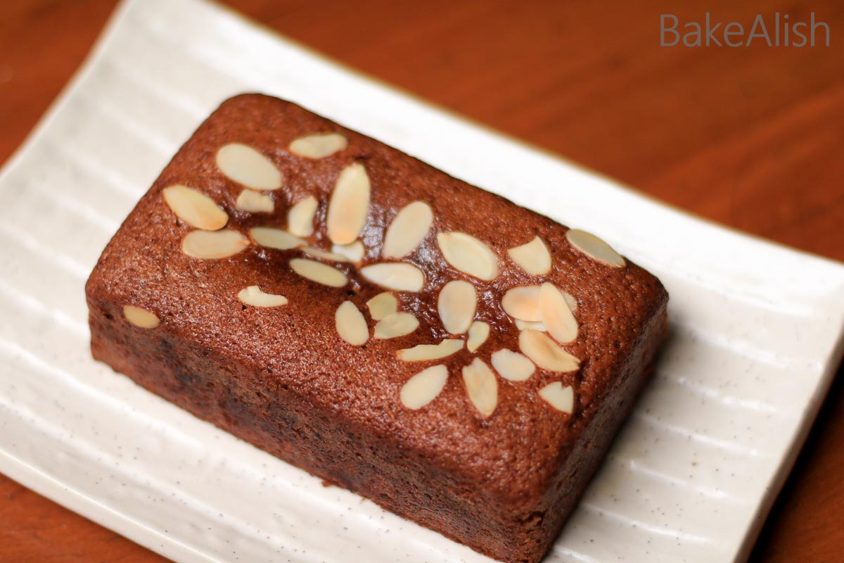This Healthy Eggless Wheat Cake is made with jaggery and no refined sugars. It is a healthy wholemeal cake recipe which is also known as atta cake or jaggery cake