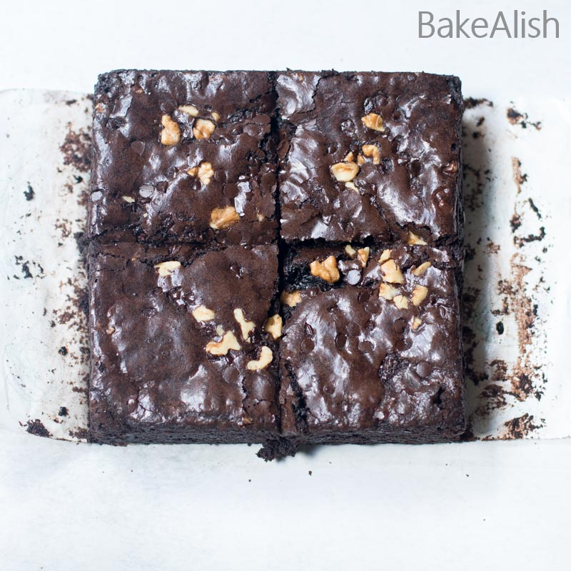 Square brownie bars